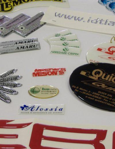etichette in resina
